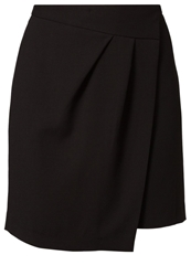 Cream Lens Wrap Skirt Pitch Black