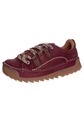 Art Sky Line Casual Laceups Rubi Red