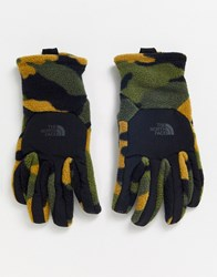 The North Face Denali Etip Gloves In Khaki Camo Green