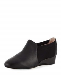 Taryn Rose Feo Leather Comfort Flat Black