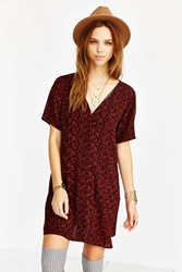 Staring At Stars Silky V Neck Trapeze Dress Red Multi