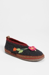 Giesswein 'Spital Flower' Slipper Charcoal