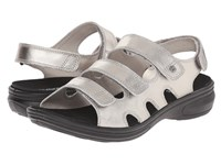 Revere Capri Pewter Women's Flat Shoes