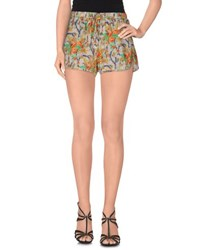 Amy Gee Trousers Shorts Women