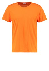 Filippa K Basic Tshirt Orange Fire