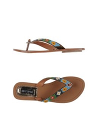 Cuple Thong Sandals