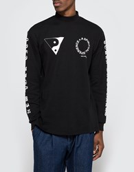 Token Surfboards Mosco Print Mock Neck Black
