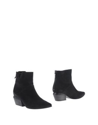 Vic Matie Vic Matie' Ankle Boots Black