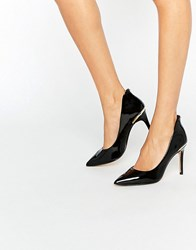 Ted Baker Saviy Patent Court Shoes Black Patent Leather Beige