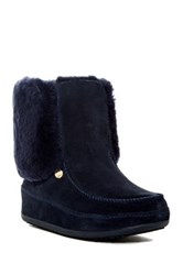 Fitflop Mukluk Genuine Shearling Fur Boot Blue