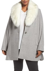Tahari Plus Size Women's Olivia Plaid Coat With Removable Faux Fur Collar
