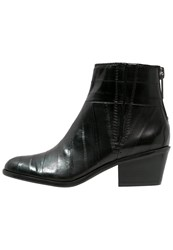 Calvin Klein Jeans Phaedra Ankle Boots Black