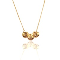 Momocreatura Triple Shell Necklace Gold