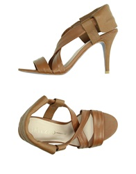 Miezko Sandals Brown