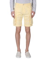 Gaudi' Trousers Bermuda Shorts Men Light Yellow