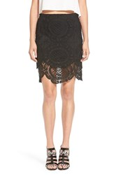 Women's Storee Scalloped Lace Pencil Skirt