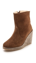 A.P.C. Ava Wedge Sherpa Booties Marron