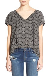 Women's Hinge Short Sleeve Popover Top Black Medallion Print