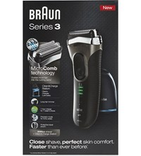 Braun Series 3 Shaver With Clean Charge