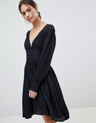 Minimum Moves By Button Front Dress Black