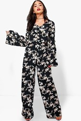 Boohoo Ruby Floral Crop And Trouser Co Ord Black