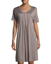 Hanro Marta Pleated Short Sleeve Nightgown Plum