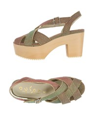 Ouigal Sandals Red