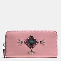 Coach Western Rivets Accordion Zip Wallet In Glovetanned Leather Sv Pink