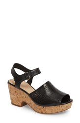 Clarks 'S Maritsa Nila Platform Sandal Black Leather