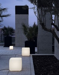 Tango Lighting Zig Zag Outdoor Light White
