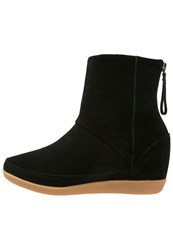 Shoe The Bear Emmy Wedge Boots Black