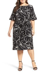 Gabby Skye Plus Size Women's Print Shift Dress Black Ivory