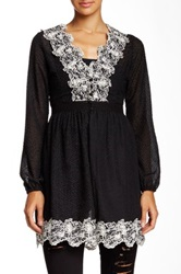 Ryu Embroidered Blouse Black