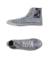 Happiness Sneakers Grey