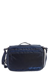 Patagonia Men's Tres 25 Liter Convertible Backpack Blue Navy Blue