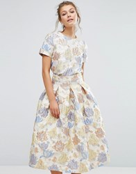 True Decadence Floral Crop Top In Jacquard Co Ord Peach Flower Jac Cream