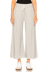 Mother Lounge Roller Crop Fray Pant In Gray