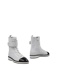 Ballin Ankle Boots White