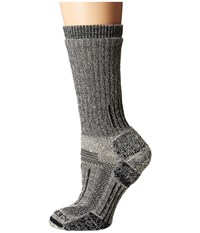 Icebreaker Mountaineer Expedition Mid Calf 1 Pair Pack Monsoon Women's Crew Cut Socks Shoes Red
