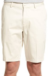 Men's Boss 'Clyde' Flat Front Stretch Cotton Shorts Off White